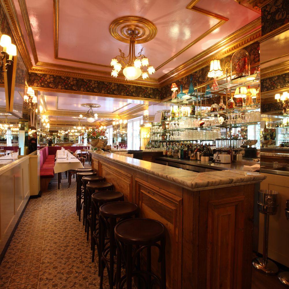 Bar Schmitz – Brasserie / Restaurant / Glacier / Cocktailbar